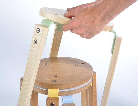 wooden_stool_without_back_2